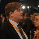 Duitse justitie verdenkt vertrouweling Merkel van belangenverstrengeling