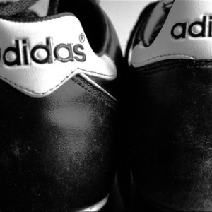 2a8e3a5f117 Deze 2 gokjes van Adidas pakken compleet verkeerd uit -  DuitslandnieuwsDuitslandnieuws