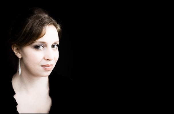 Operatalent Iris van Wijnen. Foto: Maurice Lammerts van Bueren