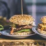 Omzetcijfers McDonalds versus opkomst van hamburgertenten